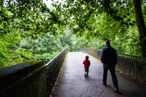 Z and J in Glasgow Botanic Gardens 2015